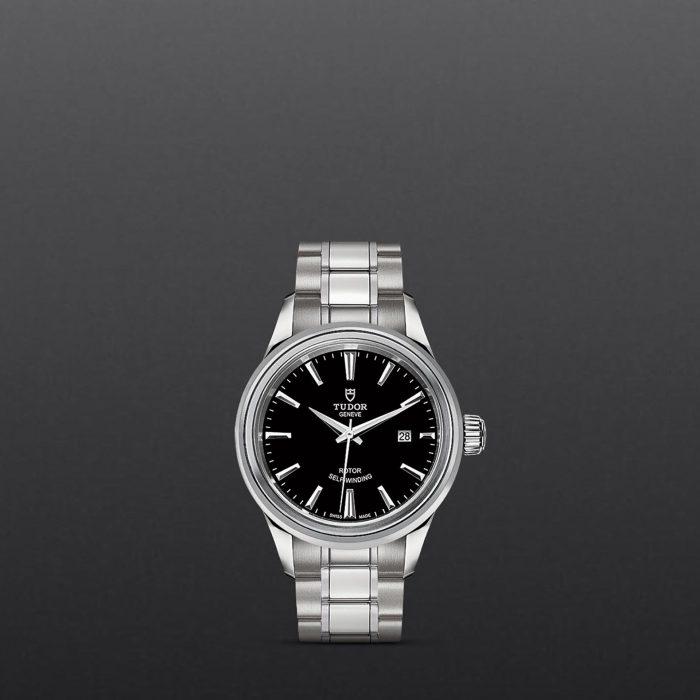 Tudor Style M12100-0002