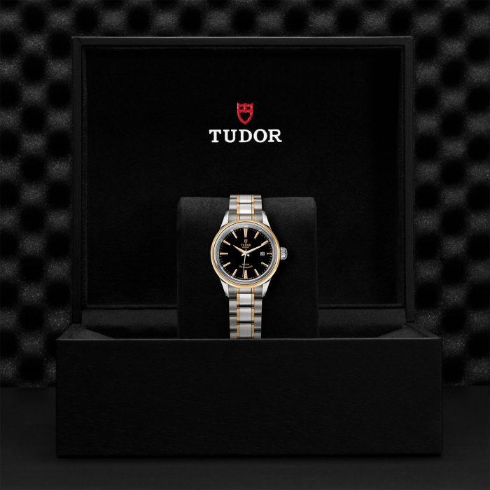 Tudor Style M12103-0003