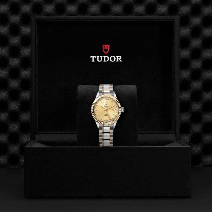 Tudor Style M12113-0007
