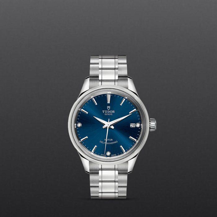 Tudor Style M12300-0012