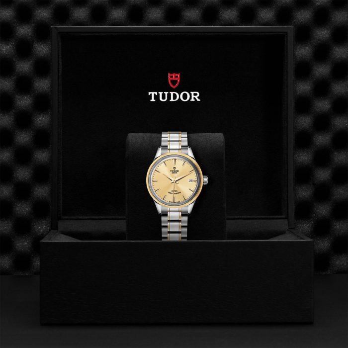 Tudor Style M12303-0001