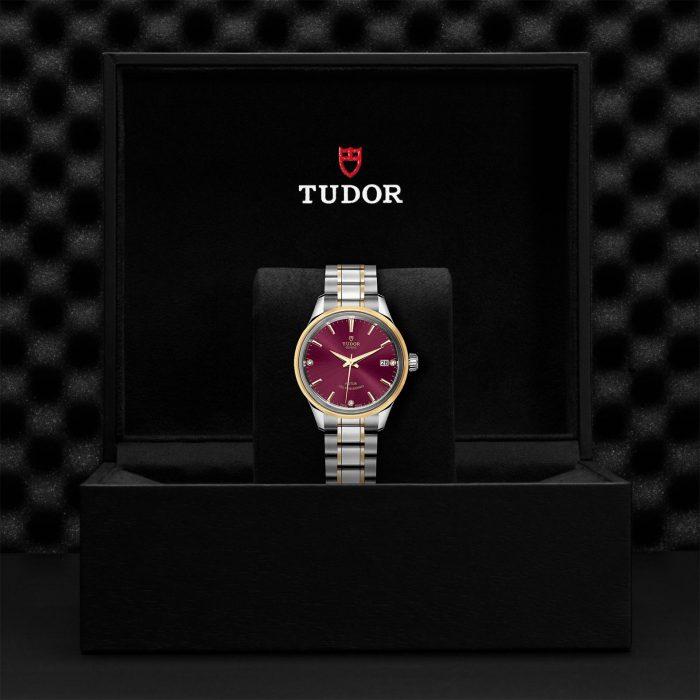 Tudor Style M12303-0015