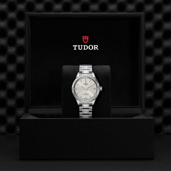 Tudor Style M12310-0007