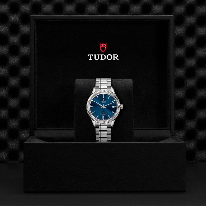 Tudor Style M12310-0013