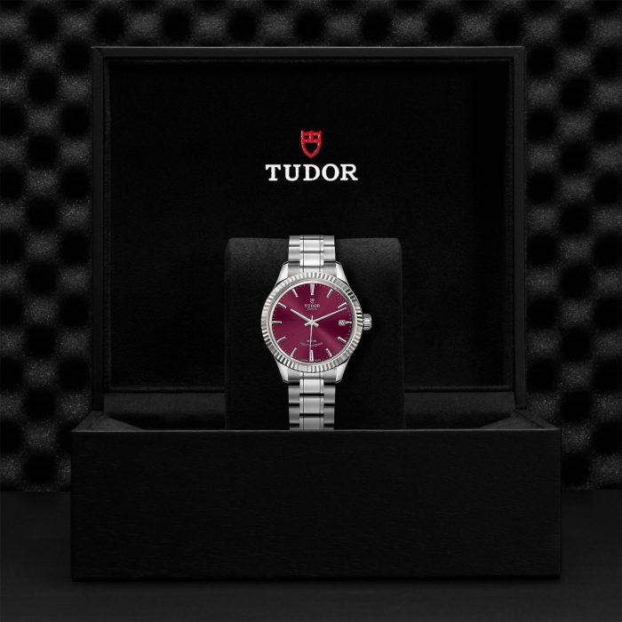 Tudor Style M12310-0015
