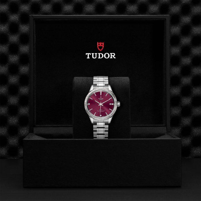 Tudor Style M12310-0019