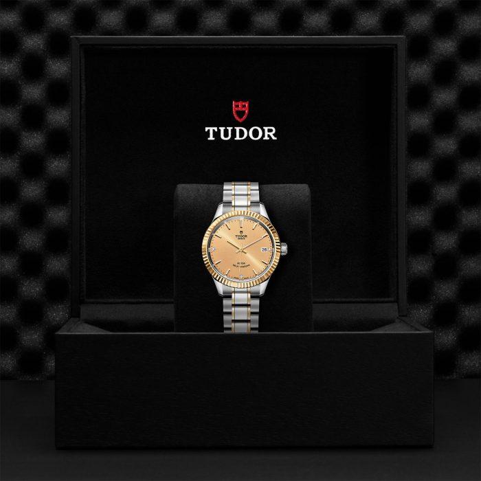 Tudor Style M12313-0007