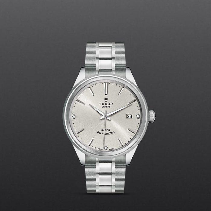 Tudor Style M12500-0003