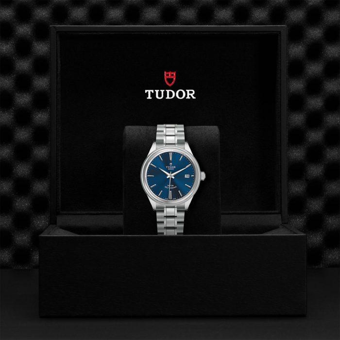 Tudor Style M12500-0009