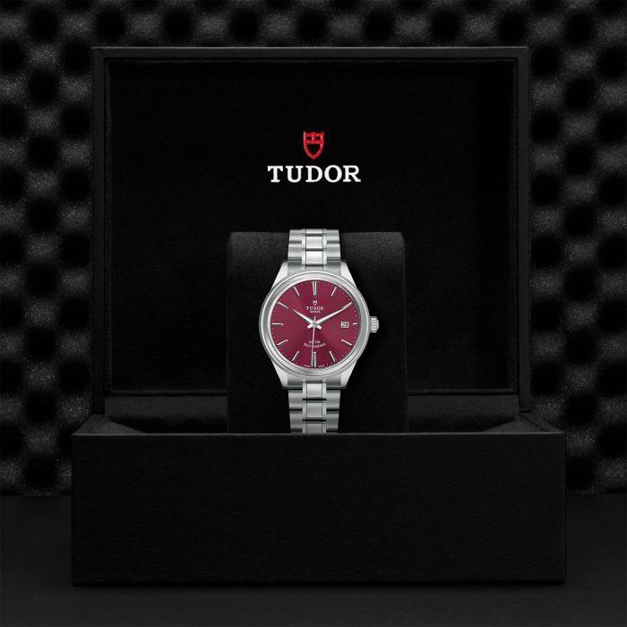 Tudor Style M12500-0011