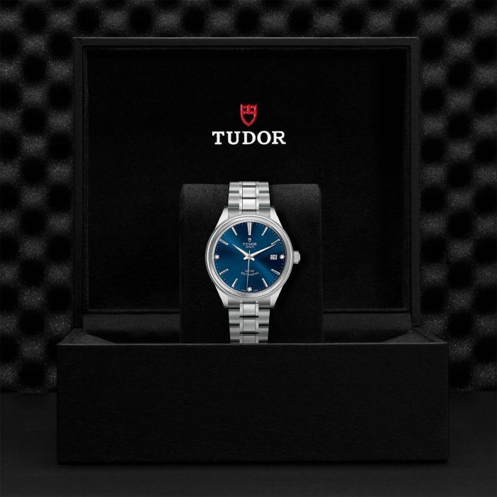 Tudor Style M12500-0013