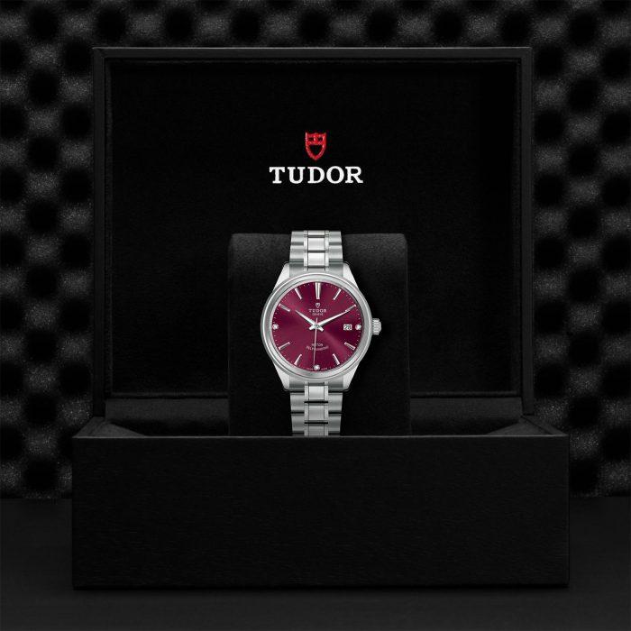 Tudor Style M12500-0015