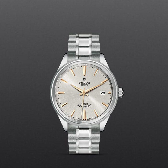 Tudor Style M12500-0017