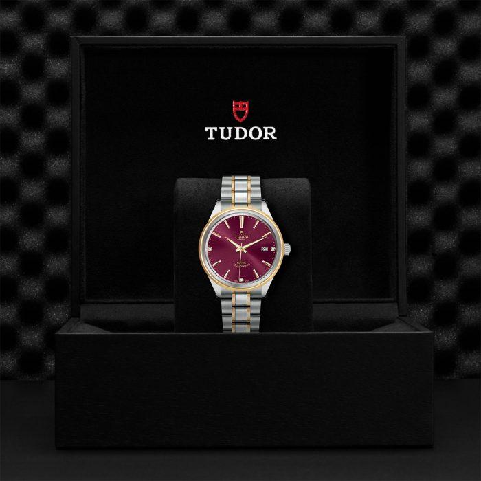 Tudor Style M12503-0015