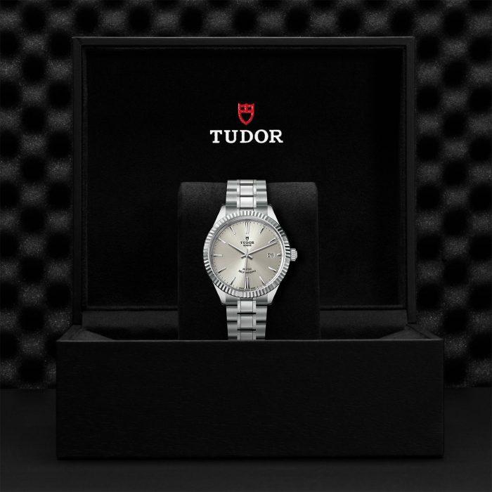 Tudor Style M12510-0001