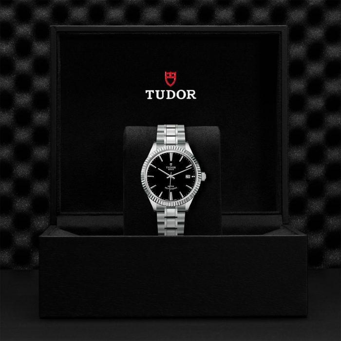 Tudor Style M12510-0003