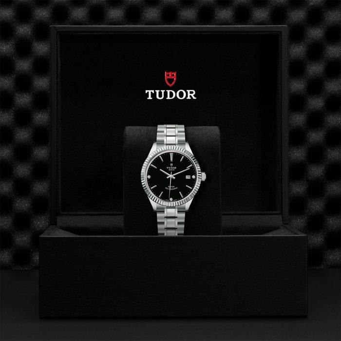 Tudor Style M12510-0009