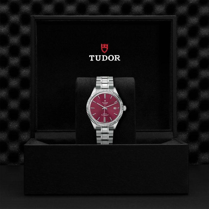 Tudor Style M12510-0015