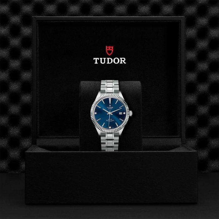 Tudor Style M12510-0017