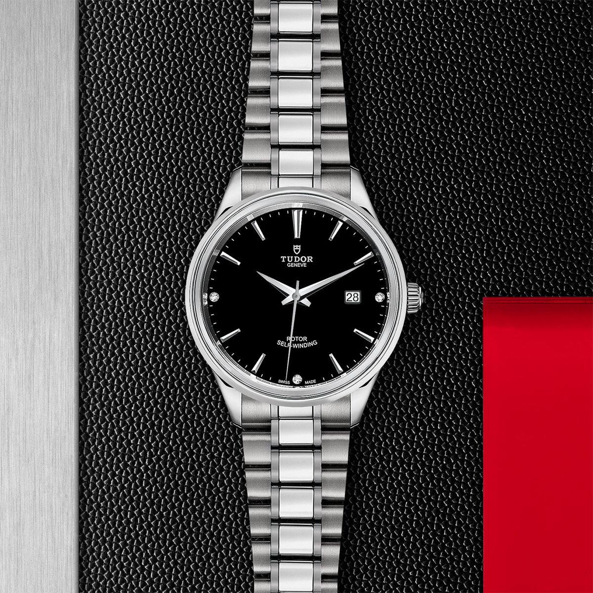 Tudor Style M12700-0004