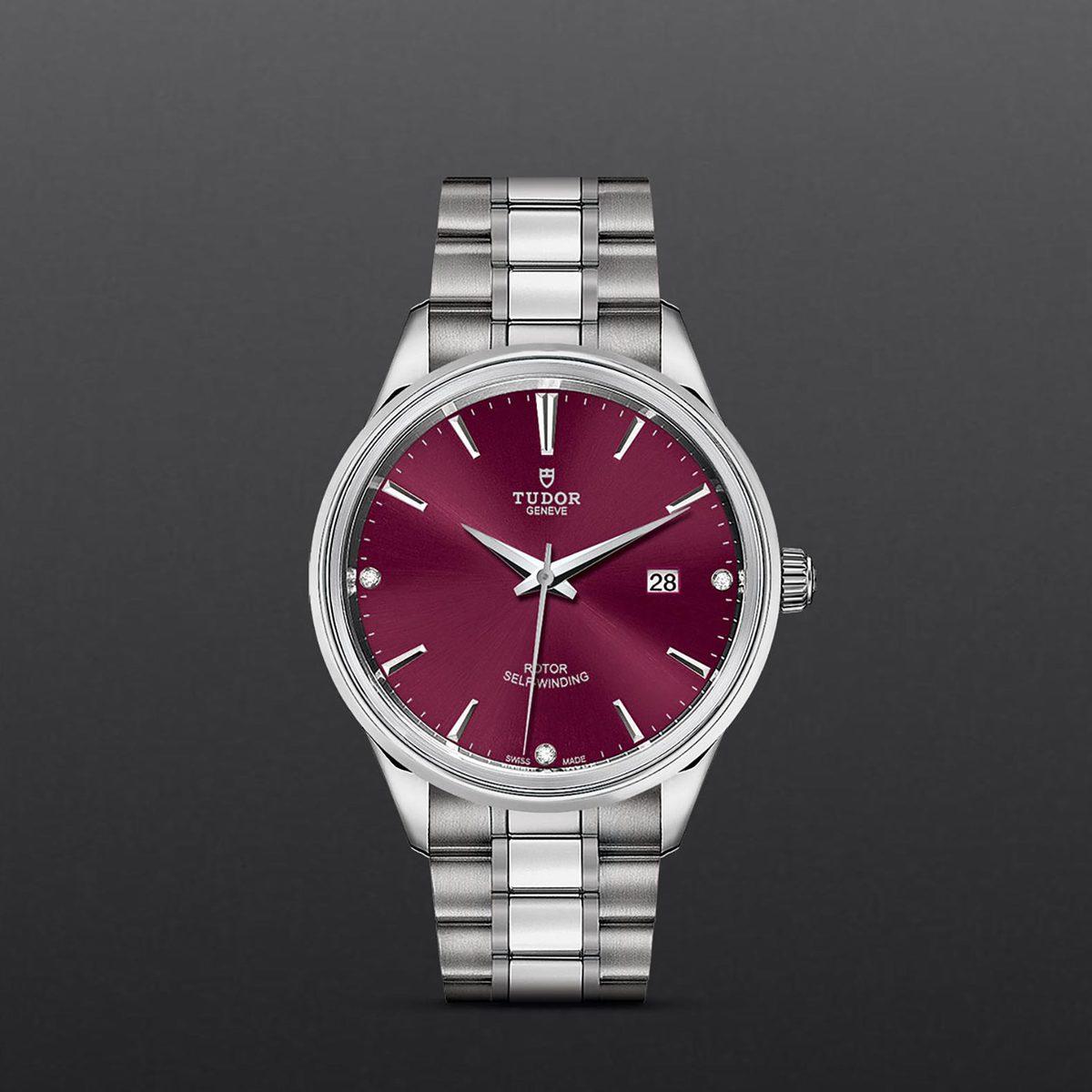 Tudor Style M12700-0015