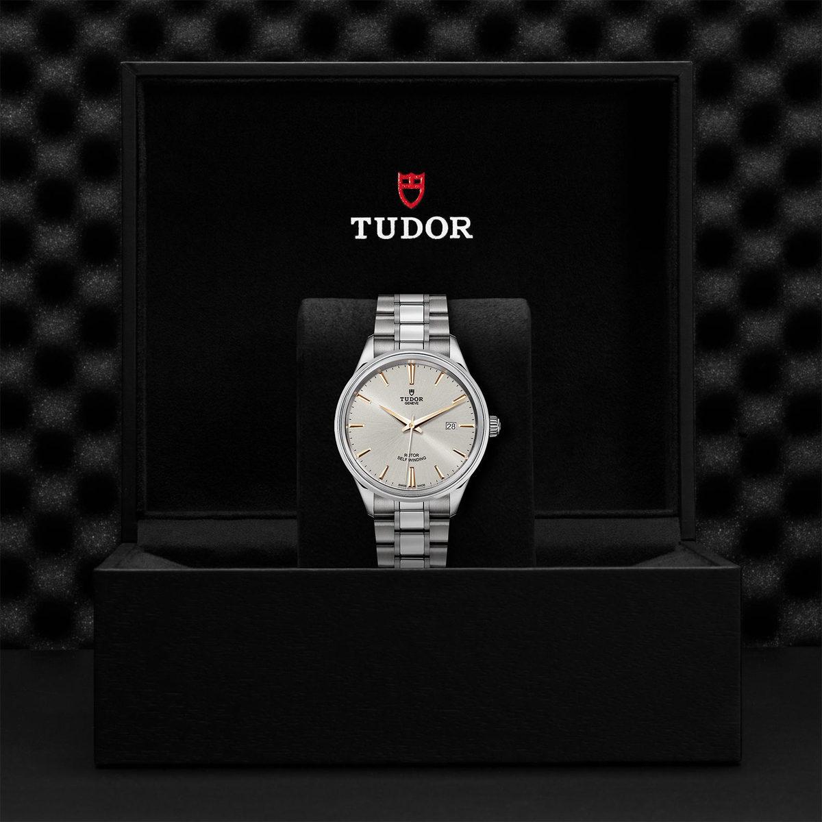 Tudor Style M12700-0017