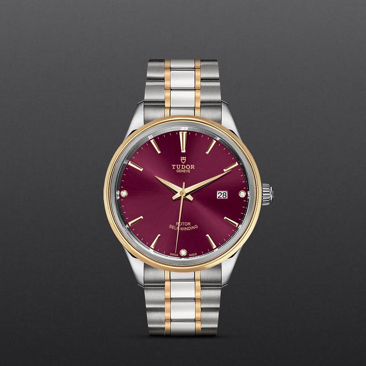 Tudor Style M12703-0015