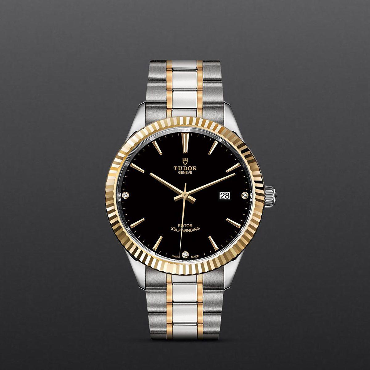 Tudor Style M12713-0011